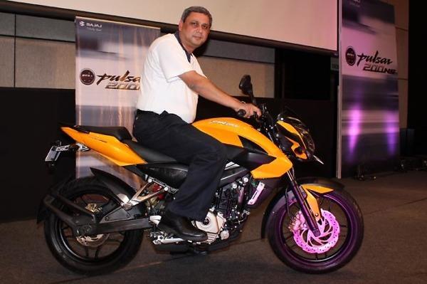 dhavalsoni_20: BAJAB AUTO is indevelopment of 250cc PULSAR